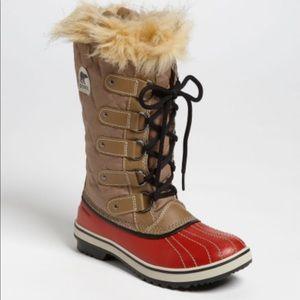 Sorel Waterproof Winter Tofino Boot